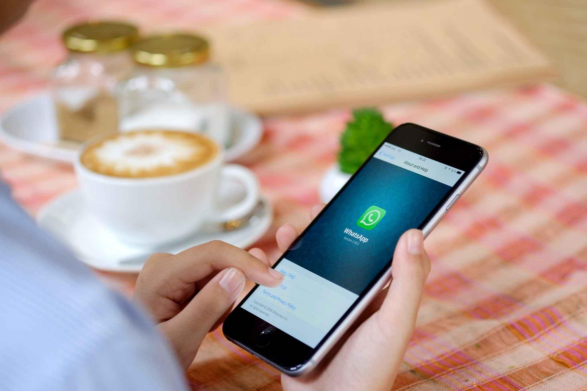 Informações sobre pagamentos via WhatsApp.